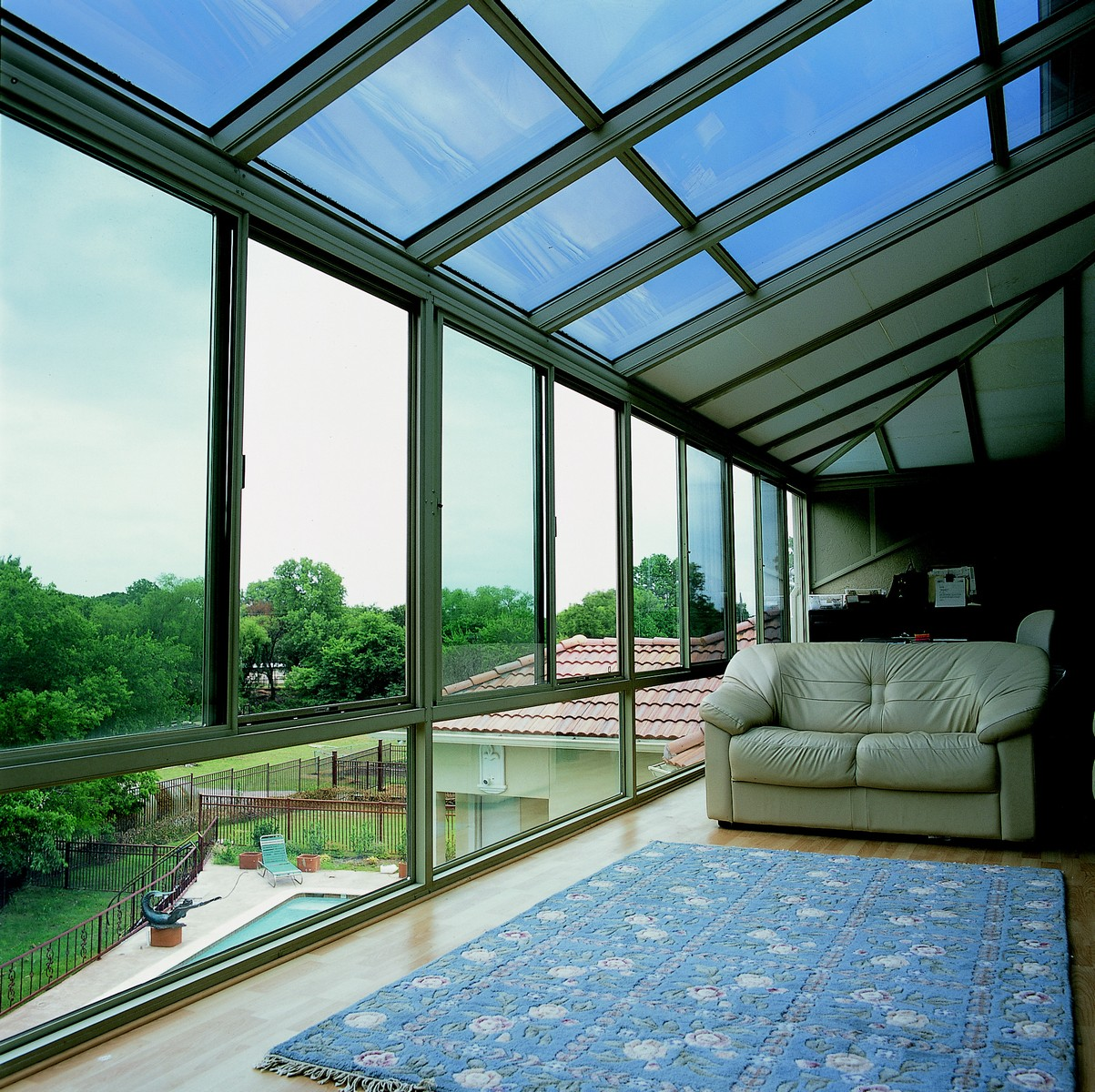 Hybrid Straight Glass Roof Sunroom Or Patio Enclosure