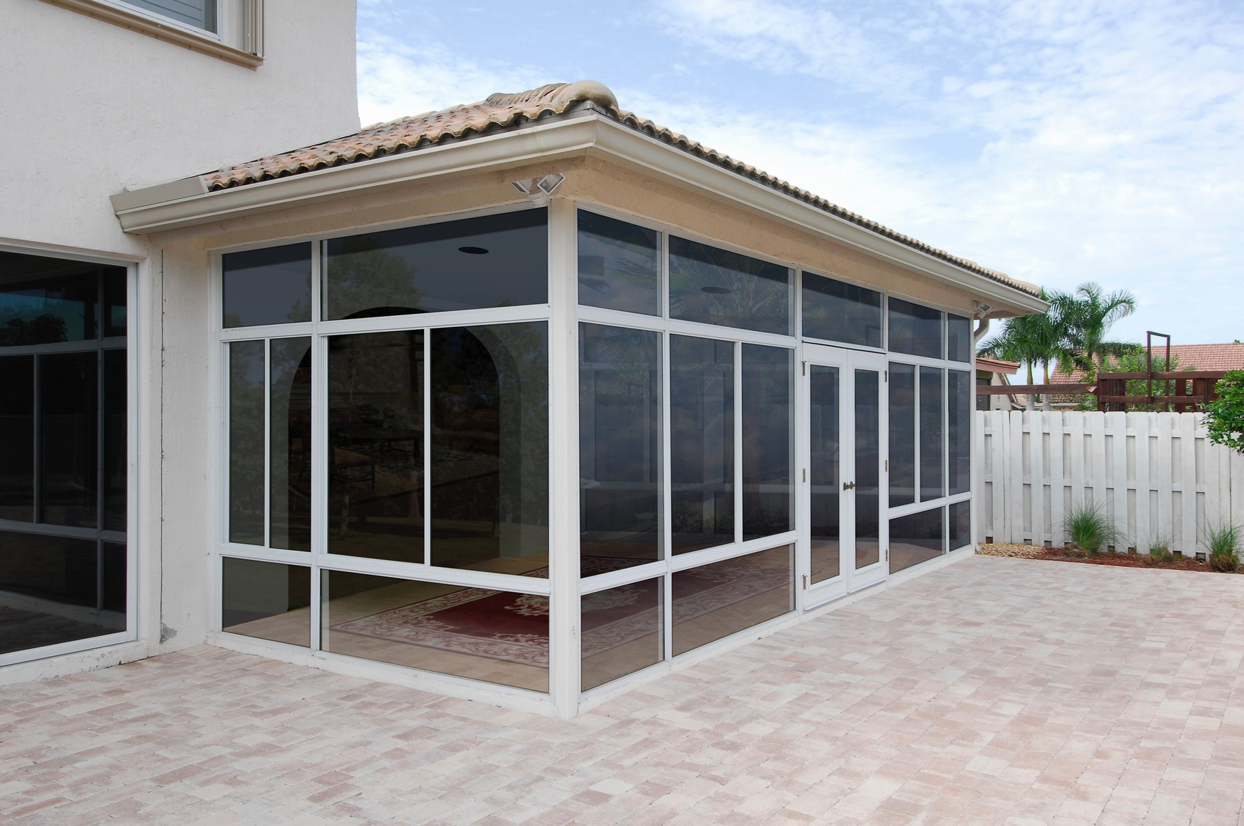 Hybrid Straight Solid Roof Solarium Or Patio Enclosure